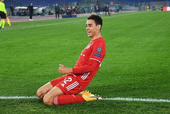 Musiala thành cầu thủ trẻ nhất của Bayern từng ghi bàn tại Champions League