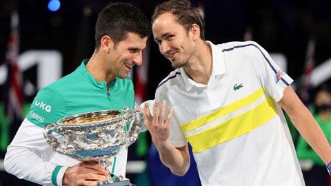 Daniil Medvedev: 'Djokovic như một vị thánh'