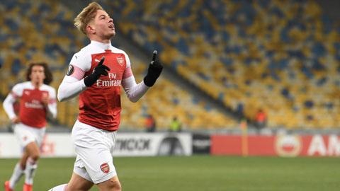 Smith Rowe, người không thể thay thế ở Arsenal