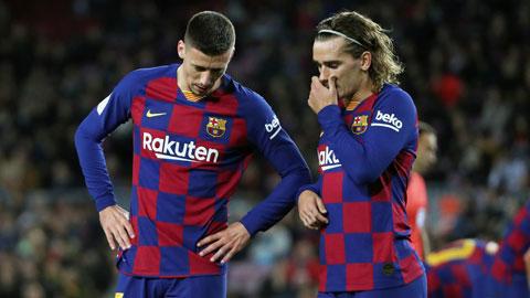 Barca nên lo giữ chỗ trong Top 4