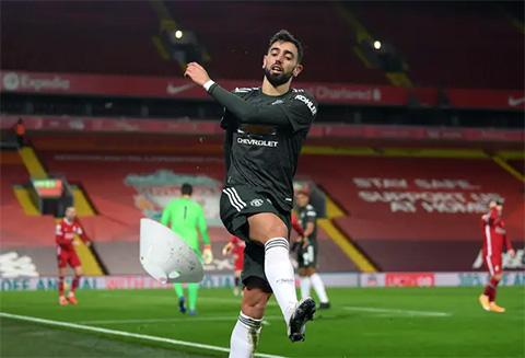 Các đồng đội tại Man United phung phí nhiều cơ hội mà Bruno Fernandes tạo ra