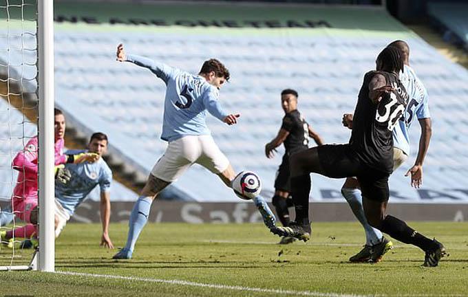 Stones và Dias đều ghi bàn ở trận Man City vs West Ham