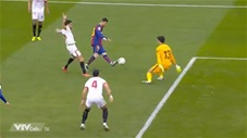 Messi độc diễn ghi bàn đẹp mắt vào lưới Sevilla
