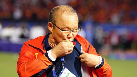 Vì sao VFF và HLV Park Hang Seo phải mất 10 tiếng đồng hồ đàm phán?