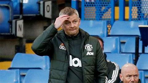 Solskjaer tố cáo trang web của Chelsea khiến trọng tài không dám thổi phạt đền cho MU