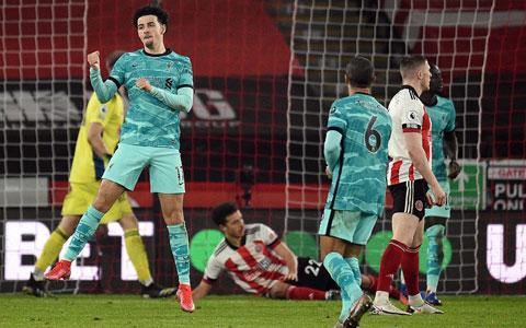 Curtis Jones ăn mừng bàn thắng mở tỷ số vào lưới Sheffield United