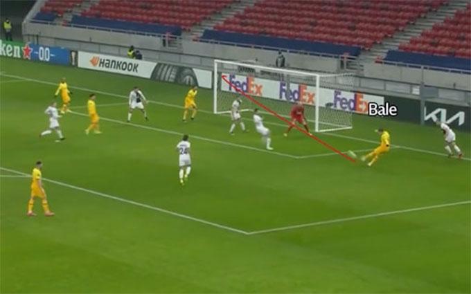 Bale xử lý hoàn hảo trước khi ghi bàn