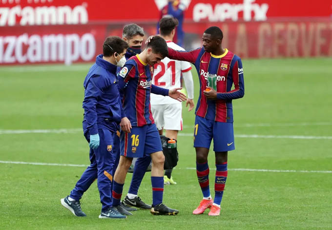 Pedri dính chấn thương ở trận đấu với Sevilla