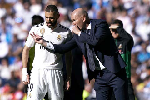 HLV Zidane đang cần Benzema hơn bao giờ hết cho giai đoạn cuối mùa giải