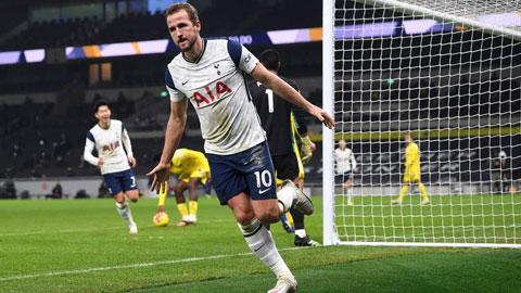 Ghi bàn là cách để Kane vừa giúp Tottenham có 3 điểm trước Fulham, vừa tự giải tỏa áp lực