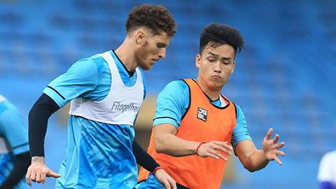 Hà Nội FC chọn đội bóng của HLV Vũ Như Thành làm 'quân xanh'