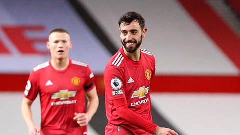 MU sẽ tốn 4 triệu bảng nếu Fernandes giành giải xuất sắc nhất Ngoại hạng Anh