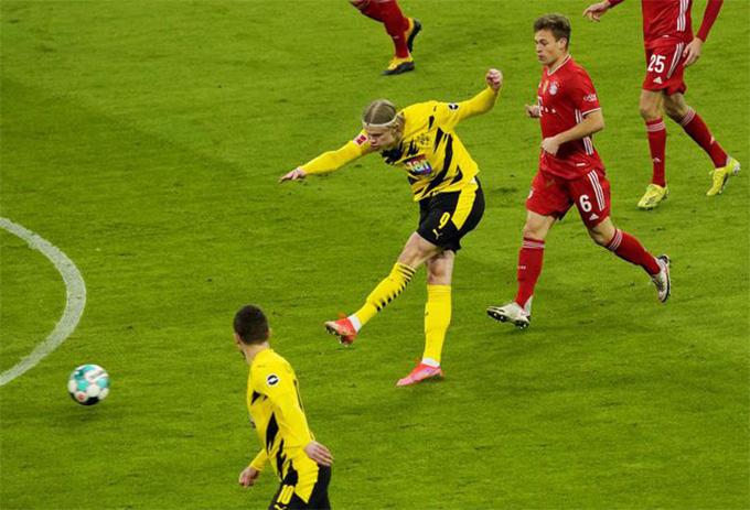 Haaland tỏa sáng đầu trận Bayern vs Dortmund