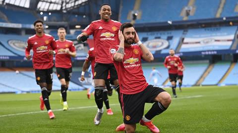 Fernandes giúp MU chấm dứt 'cơn hạn' bàn thắng
