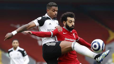 CĐV Liverpool muốn bán Salah sau pha kiến tạo cho đối phương sút tung lưới Alisson