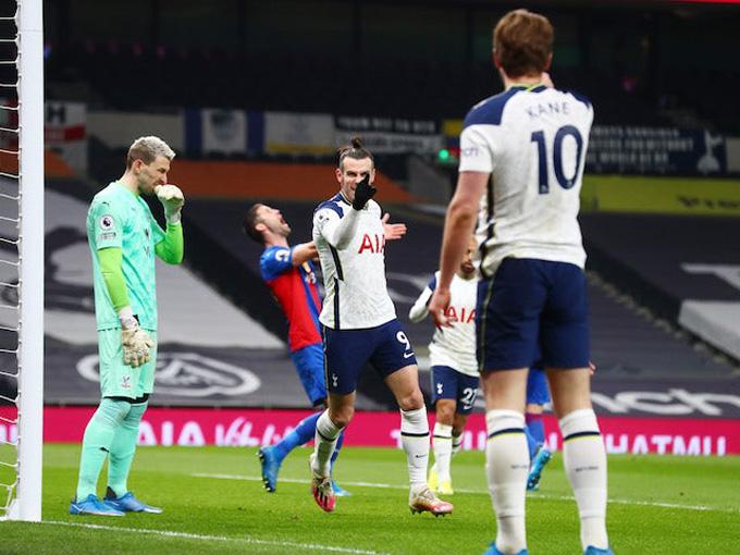 Bale và Kane cùng nhau lập cú đúp ở trận Tottenham - Palace