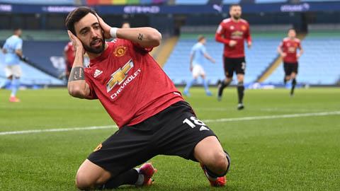 Fernandes 'bỏ túi' hàng loạt thống kê ấn tượng sau trận derby Manchester