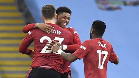 Derby Manchester: Tôn vinh hàng thủ Quỷ đỏ