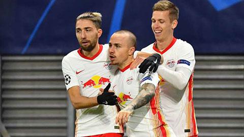 Angelino dọa nạt Liverpool trước ngày tái đấu