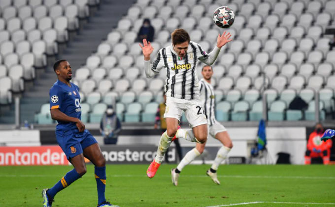 Chiesa lập cú đúp trong trận Juventus vs Porto