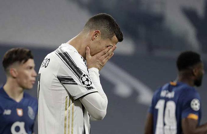 Ronaldo bất lực trong việc giúp Juventus vượt qua Porto tại vòng 1/8 Champions League