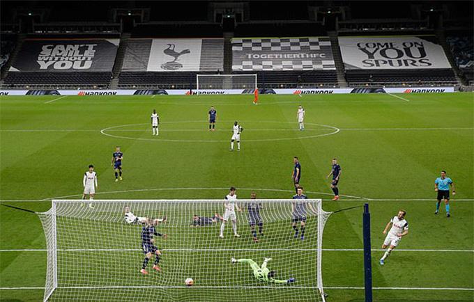 Kane mở tỷ số trong trận Tottenham vs Dinamo Zagreb