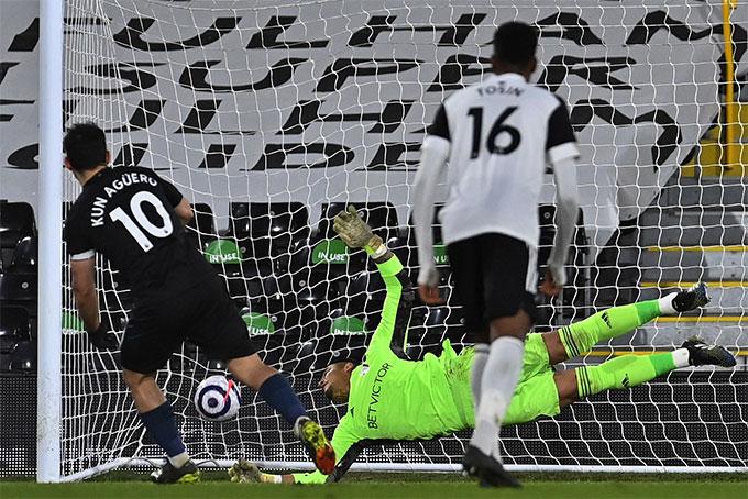 Aguero đã giải được cơn khát bàn thắng ở Premier League kéo dài suốt hơn 1 năm qua