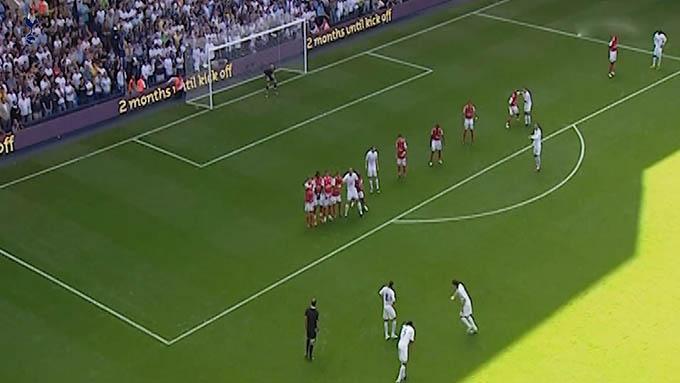 Bale ghi bàn đẹp mắt vào lưới Arsenal