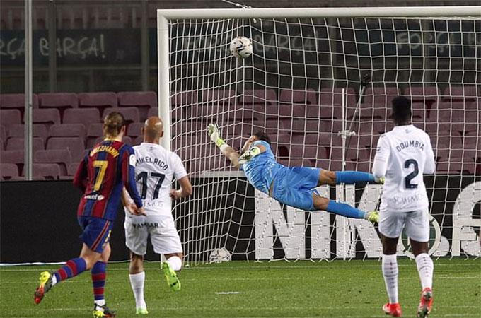 Griezmann đã giải cơn khát bàn thắng kéo dài suốt 1 tháng rưỡi