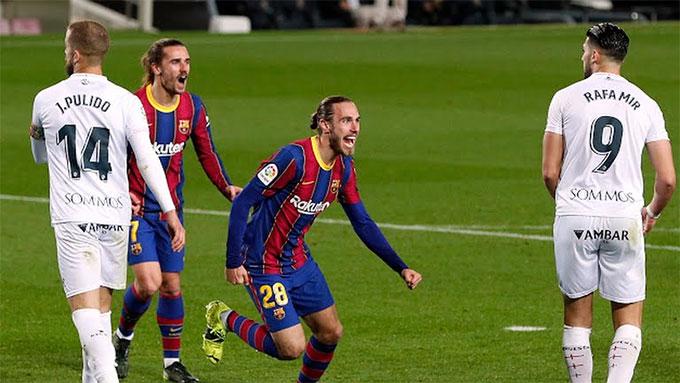 Óscar Mingueza rất vui khi ghi được bàn thắng đầu tiên cho Barca