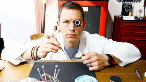 Lichtsteiner làm thợ chế tạo đồng hồ