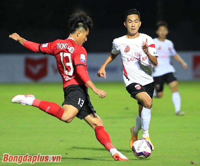 Đây cũng là trận đấu đển trợ lý Kim Han Yoon theo dõi các cầu thủ U22 ở cả hai bên nhằm tuyển chọn cho ĐT U22 Việt Nam