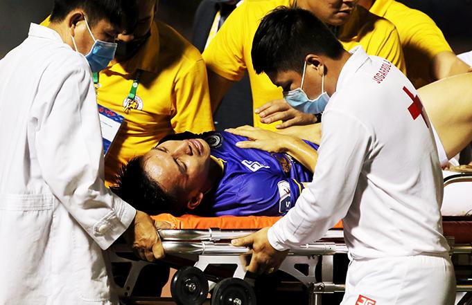 Hùng Dũng chấn thương nặng sẽ khiến cho Hà Nội FC lẫn ĐT Việt Nam gặp khó khăn trong chặng đường sắp tới