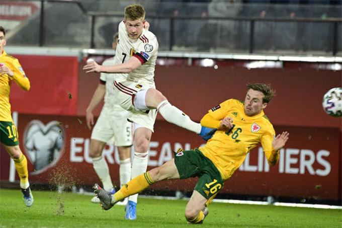 De Bruyne gỡ hòa cho Bỉ