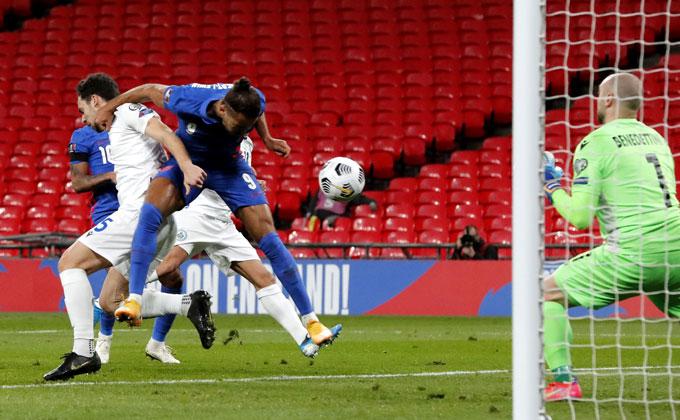 Calvert-Lewin tiếp tục thăng hoa ở tuyển Anh