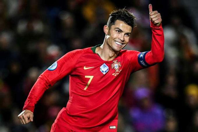Ronaldo là đầu tàu cho hy vọng bảo vệ ngai vàng của Bồ Đào Nha