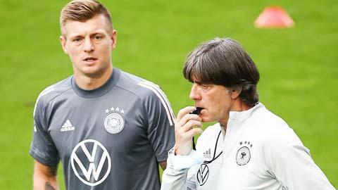 Kroos sẽ là cơn đau đầu của HLV Loew