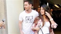 Vợ Messi bị gián điệp theo dõi