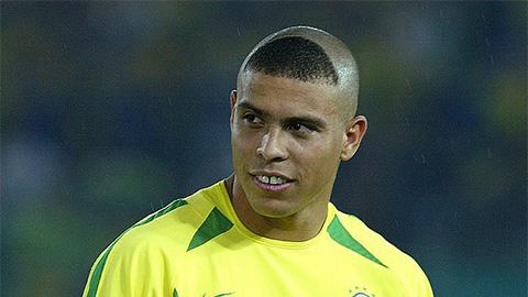 """Ronaldo xin lỗi vì """"thảm họa"""" tóc móng lừa ở World Cup 2002"""