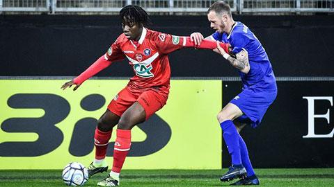 Arsenal nhắm Ismael Doukoure