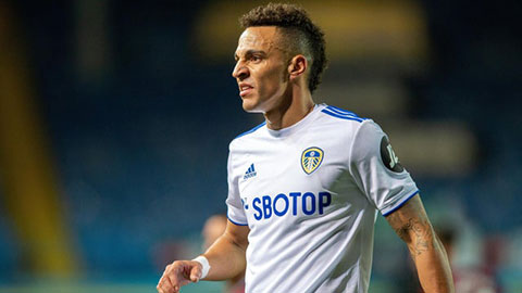 Rodrigo phủ nhận tin đồn muốn rời Leeds United