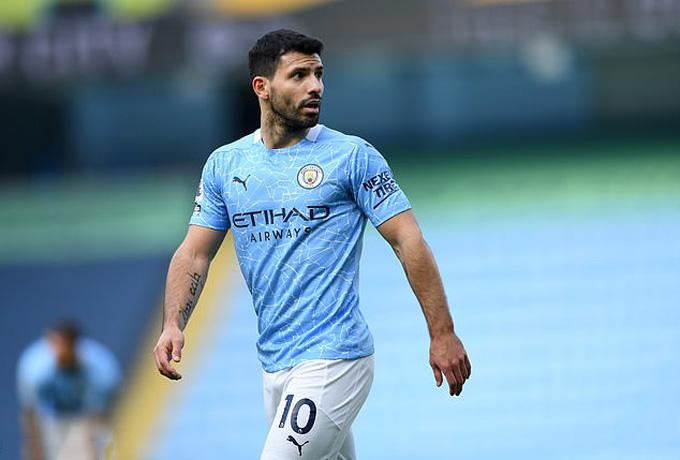 Aguero chỉ còn vài trận khoác áo Man City