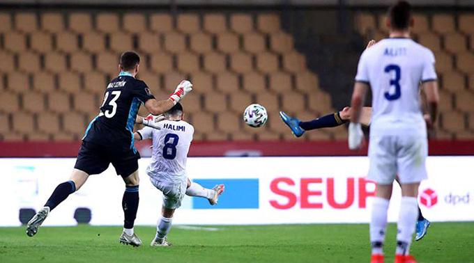 Halimi bất ngờ rút ngắn cách biệt xuống còn 1-2 ở phút 70 trận Tây Ban Nha vs Kosovo