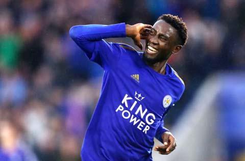 Ndidi (Leicester) và Rice (West Ham, ảnh trên) đang được M.U theo đuổi để thay Pobga - người nhiều khả năng sẽ ra đi vào Hè 2021