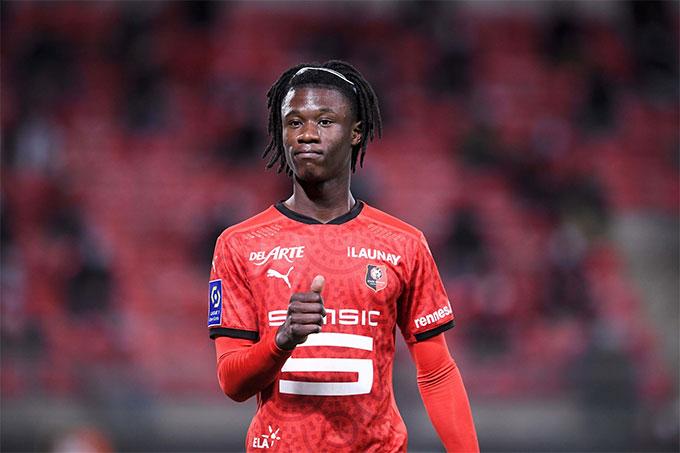 Camavinga là cầu thủ trẻ nhất ghi bàn cho ĐT Pháp