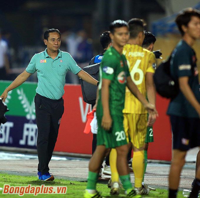 HLV Phùng Thanh Phương thay thế ông Shimoda Masahiro dẫn dắt Sài Gòn FC ở trận gặp ĐKVĐ Viettel tối 3/4, tại vòng 7 V.League 2021