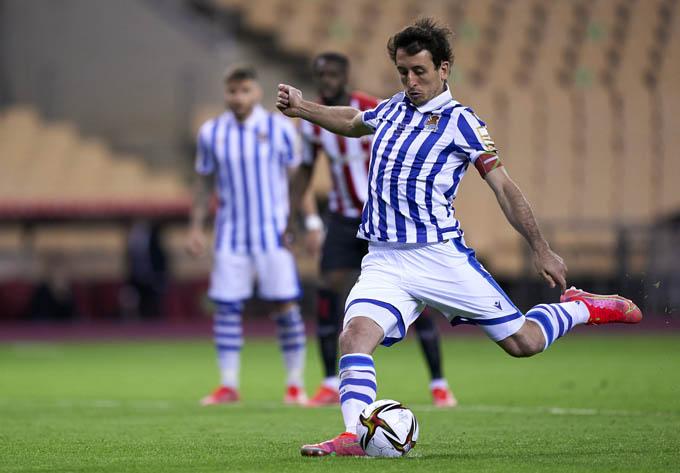 Mikel Oyarzabal ghi bàn giúp Sociedad giành Cúp Nhà Vua