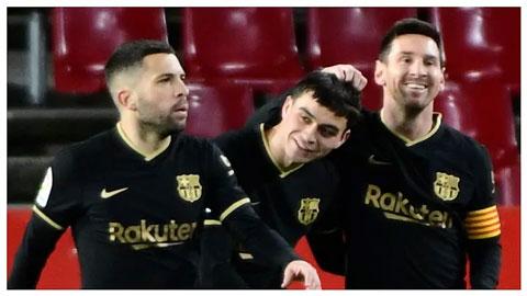 Barcelona khởi sắc và quyền tự quyết chức vô địch La Liga
