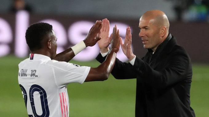 Nhưng sự tỏa sáng của Vinicius có thể khiến Zidane quên ý định với Ronaldo