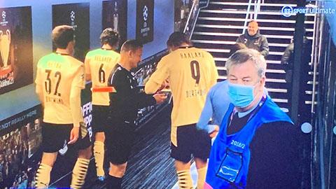Trọng tài xin chữ ký Haaland sau trận Dortmund thua tiếc nuối trước Man City